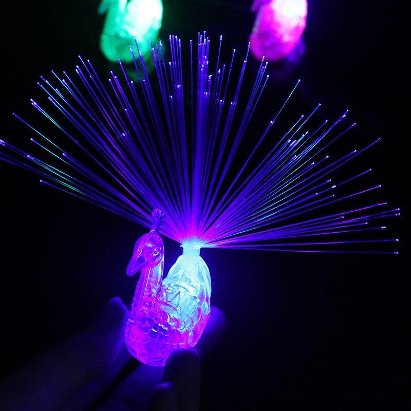 1PCS Stars Shine In The Dark Kids Toy Luminous Peacock Decoration Open Light Toys Flash LED Lights Glow In The Dark Kids Toys E
