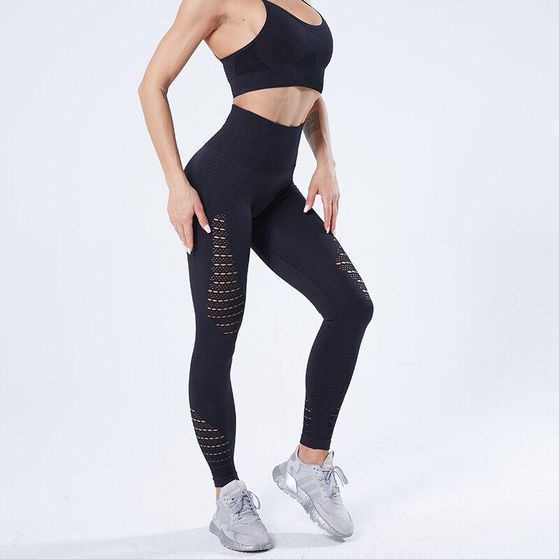 SALSPOR سراويل يوجا للنساء ، سراويل رياضية للركض ، سراويل قابلة للتمدد للياقة البدنية ، سراويل ضيقة مضغوطة للتحكم في البطن للصالة الرياضية