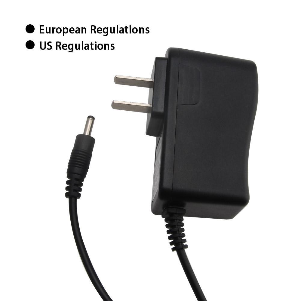 LED Flashlight 18650 Battery Charger LED Headlight Direct Charge EU/US Plug