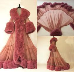 Garniture de fourrure de luxe pyjama pour femmes chemise de nuit peignoirs de fête cardigs Robes de luxe mariée vêtements de nuit Robes de bain femmes pyjama