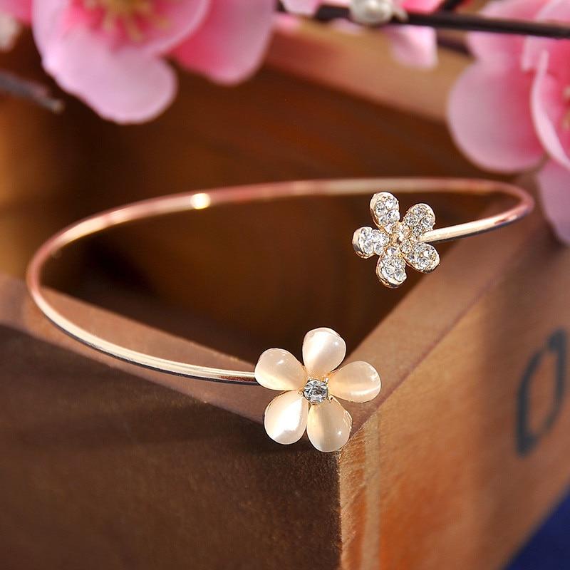 Women Girl Fashion Flower Opal Crystal Bracets Gold Color Cuff Hot Sale Bracelet Bangle Charm Jewelry Gift Fashion Jewelry