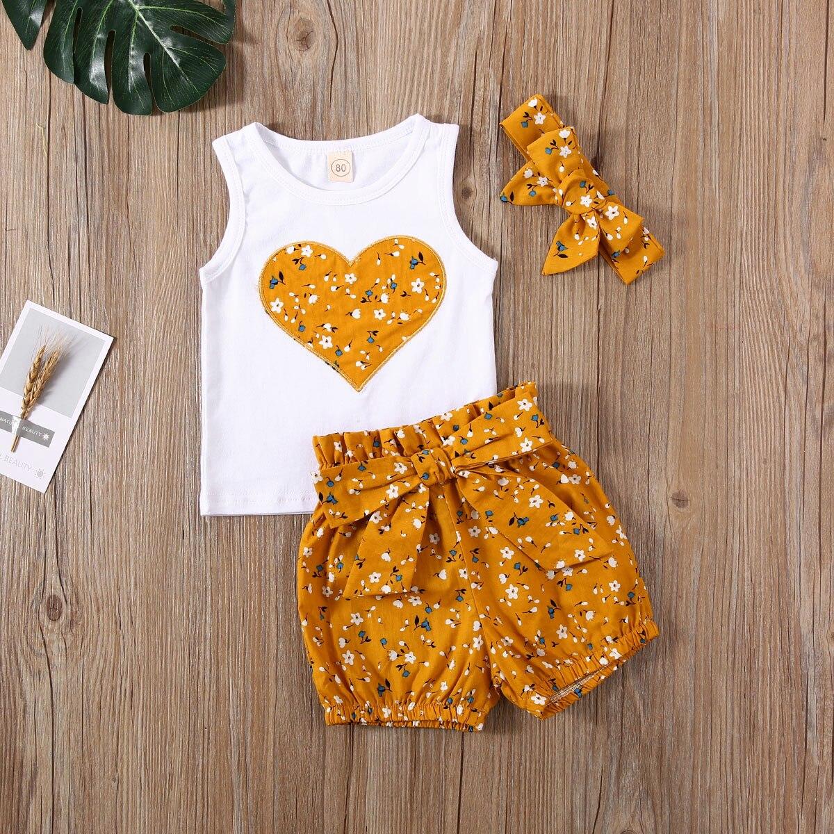 Emmababy Newborn Baby Girl Clothes Summer Flower Print Peach Heart Sleeveless Tops Short Pants Headband 3Pcs Outfits Sunsuit