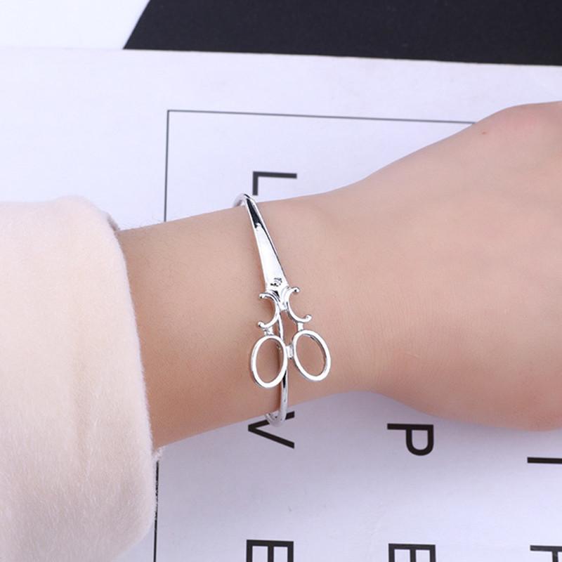 Fashion-Scissors-Charm-Bracelets-For-Women-Men-Simple-Gold-Silver-Black-Shears-Opening-Bangles-Hair-Stylist.jpg_640x640 (1)