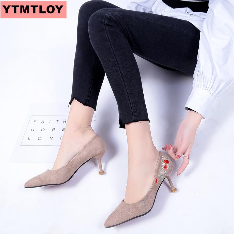 2019 г. Женская обувь на высоком каблуке, вышивка большого размера, с закрытым носком, с цветами, женские вечерние свадебные туфли с острым нос...