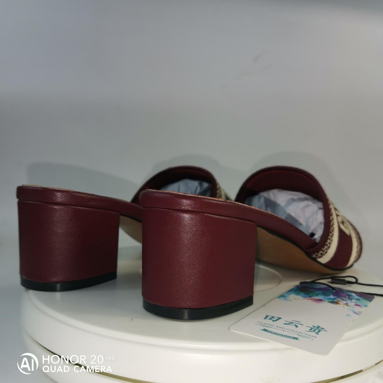 2020 Luxury Design 2019 Ladies Sandals Multiple Designs Size 35--42 DDD Slippers Women's Slides Women Platform Shoes