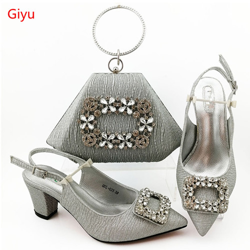 doershow Fashion Rhinestone silver Shoes And Bag Set Newest African Women low Heels Pumps Matching Purse For Wedding! HIA1-33