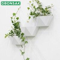 Vasos metálicos de pendurar flores  vasos de parede criativos em metal para pendurar na parede  decoração de flores  formato redondo  cor branca  vasos de flores