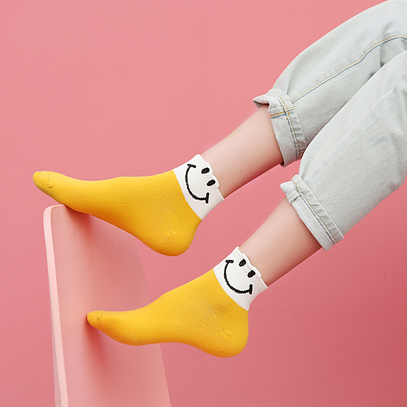 1 Pair Of Cartoon Smiling Face Socks Personality   Expression Women's Boat Socks Cotton Women's Socks   Spring And Summer Socks