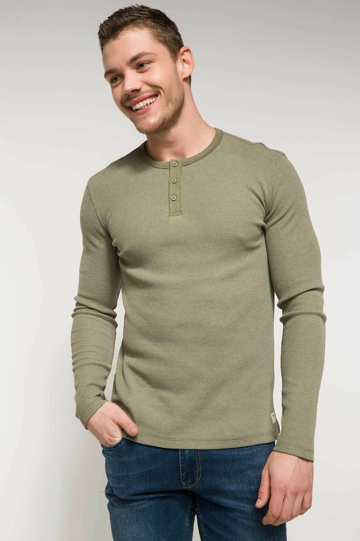 DeFacto Fashion Mens Solid Color Slim Pullovers Casual Joker Simple Pullovers Tops Leisure Mens Autumn New-I6530AZ18SM