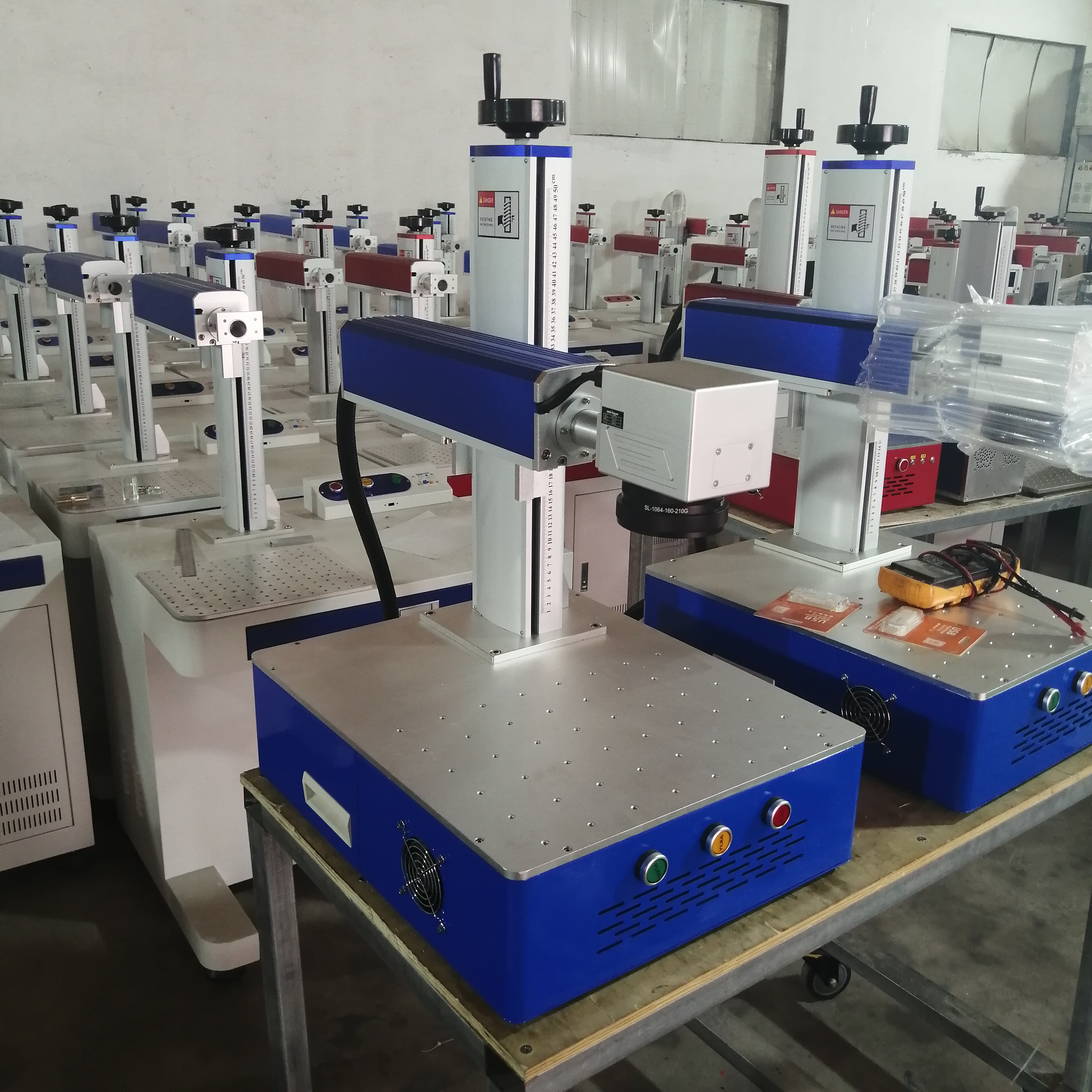 LCSPEAR 50W Fiber Laser Marking Machine With Rotary And Power Cable 1