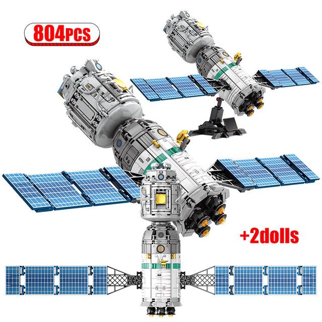 Creator Ideas Lunar Lander car Building Blocks Classic Movie Exit Airship Model  City Technic Cosmonaut Bricks Toys For Children