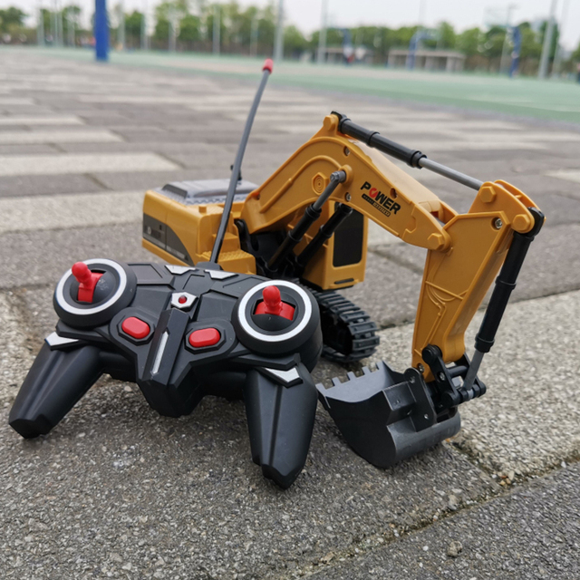 2 4Ghz 6 Channel 1 24 RC Excavator toy RC Engineering Car Alloy and plastic Excavator