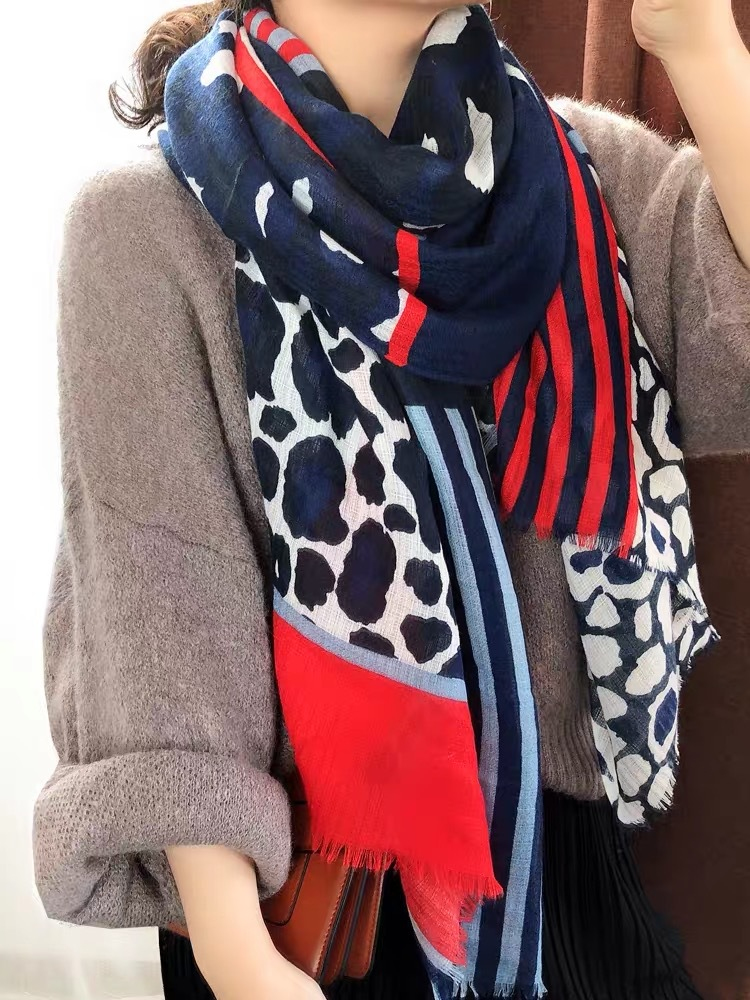 Women Winter Scarf Female Autumn Spring Spain Style Blue Red Leopard Pattern Patchwork Scarf Echarpe Femme Hiverbufanda Mujer