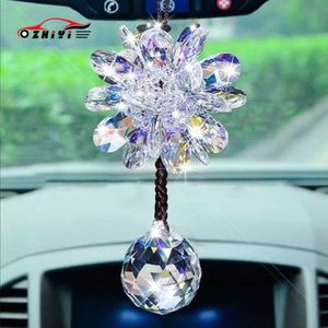 Image 1 - 1Pcs Auto specchio appeso pendente di bling di cristallo fiocco di neve ornamenti auto auto decorazione di natale accessori per le ragazze