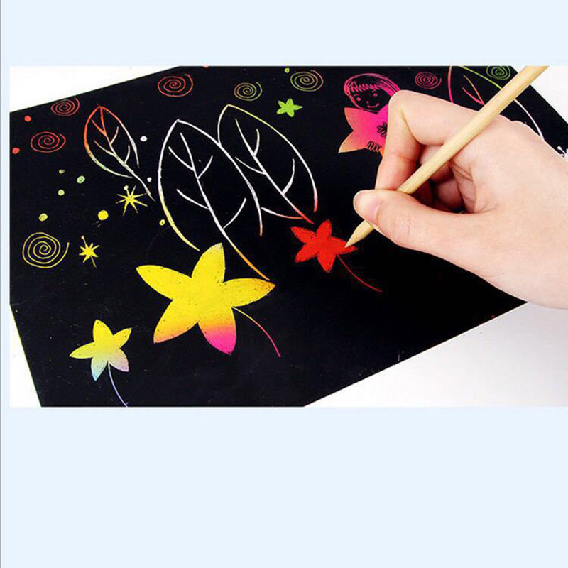 10 Pcs / 26cmX19cm Art Painting PaperEnvironmentally-friendly Scratch Art Pictures Kids Coloring Books Drawing Stick Gifts