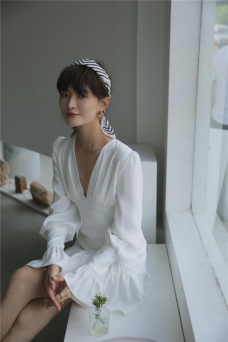 Hd66ab3a68386412ab1420a442f0e8f4fi - Spring Korean Deep V-Neck Long Flare Sleeves White Mini Dress