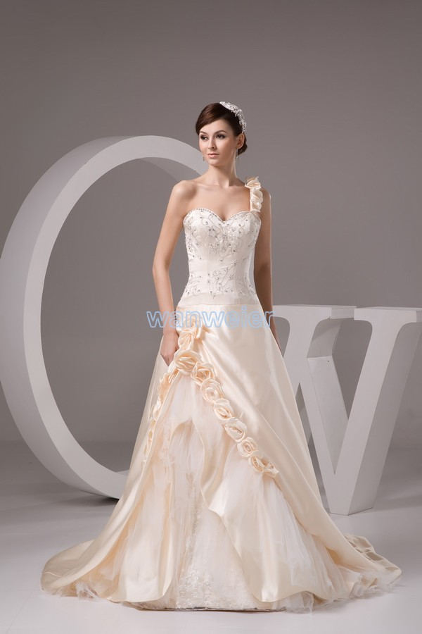 Free Shipping 2016 New Design Elegance Custom Size/color Ball Bridal Gown Handmade Flowers One Shoulder Lace Up Wedding Dress
