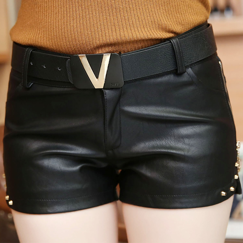 Korean Slim Zipper Rivet Low Waist Shorts Women 2019 Autumn Winter With Belt Fashion PU Sexy Leather Black Short Feminino B9N209