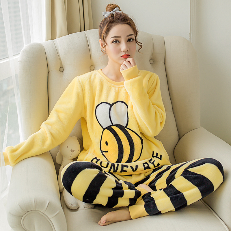Christmas Pajamas Set Adult Warm Flannel Sleepwear Thick Cute Cartoon Print Coral Fleece Young Pyjamas Women Velvet Pijama Mujer