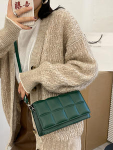 Shoulder Handbags Cr...