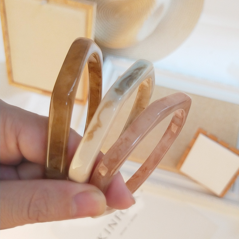 New Resin Cuff Fashion Lvory Marble Bracelets Bangles Women Geometry Acrylic Tortoiseshell Bracelets Female Simple Charm Jewelry