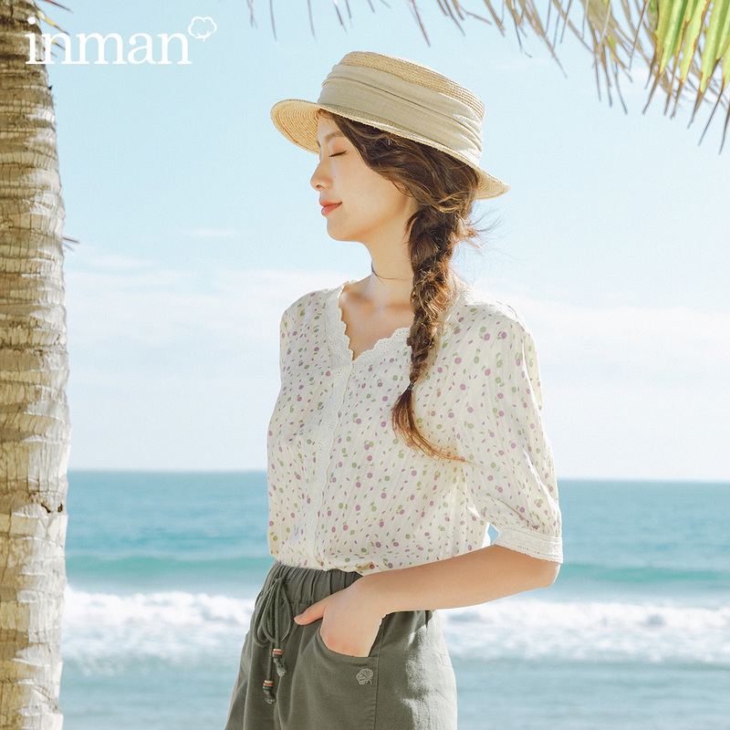 INMAN 2020 Summer New Arrival Literary Shivering Splicing Lace Loose Short Sleeve Blouse