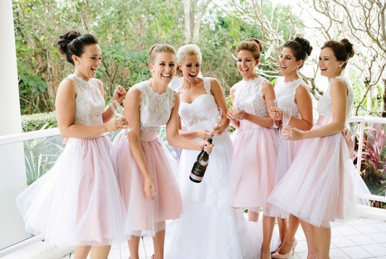 Free Shipping Lovely Pink Bridesmaid Dresses 2015 White Lace Handmade A-line Party Prom Dress Knee-length Vestidos Para Festa