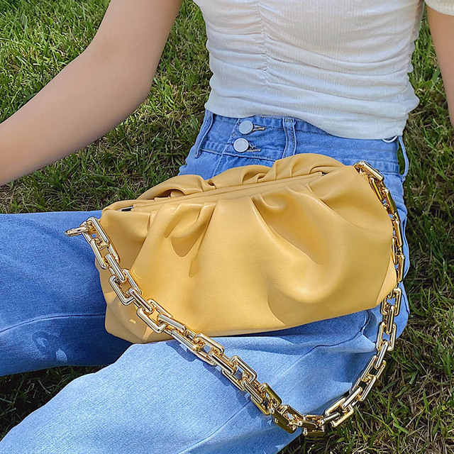 2020 Day clutch thick gold chains dumpling Clip purse bag women cloud Underarm shoulder bag pleated Baguette pouch totes handbag 4.7 2