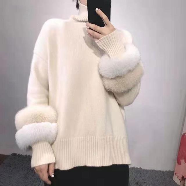 女性の冬のタートルネックニットセーター Lrregular 裾ルースプルオーバー長袖フェイクミンクの毛皮のセータージャンパー