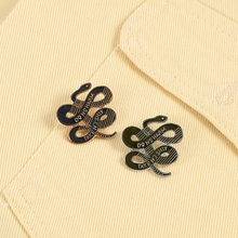 Retro Do No Harm Snakes Brooches Punk Metal Button Enamel Pin Black Golden Badge Clothes Lapel Pins Jewelry Gifts For Friends