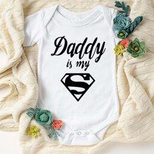 Venda quente papai é meu herói impresso infantil kisds macacão recém-nascido da criança do bebê macacão menino menina verão bodysuit algodão sleepwear