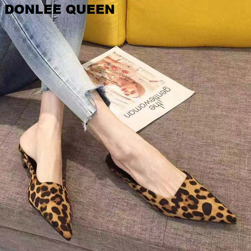 Fashion Leopard Pointed Toe Mules Shoes Women Outdoor Slippers Slip On Low Heel Casual Slides Slipper Sandal Mujer 2020 Footwear