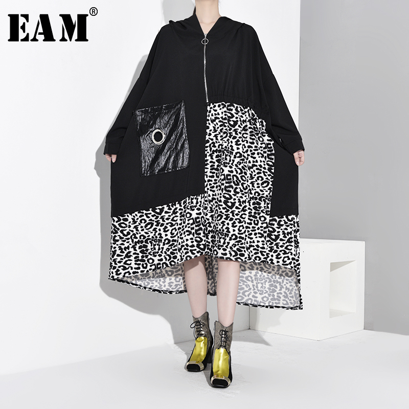 [EAM] Women Leopard Printed Big Size Asymmetrical Dress New Hooded Long Sleeve Loose Fit Fashion Tide Spring Autumn 2019 1D9750
