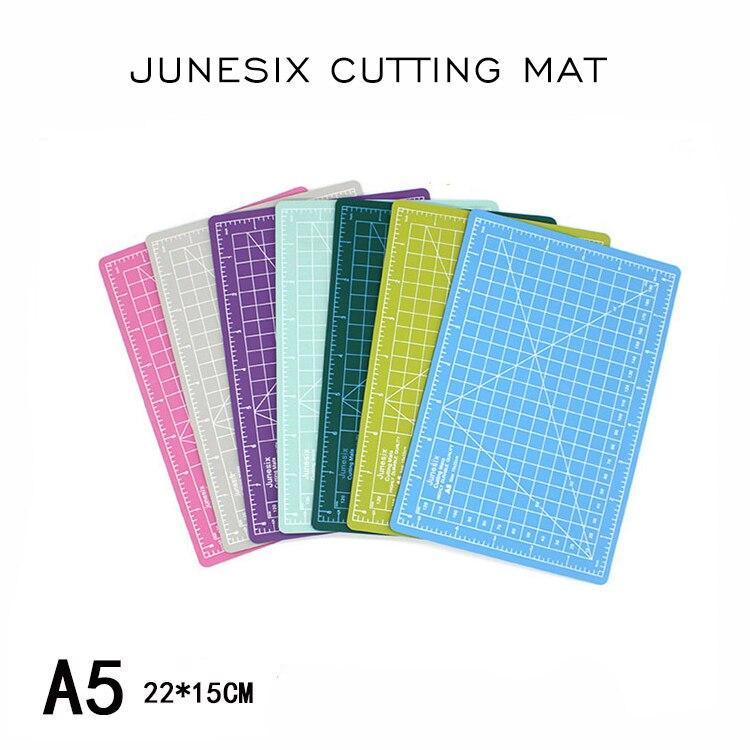 Junesix Cutting Mat A5 Cutting Board Manual Model Cutting Pad Paper Cutting Pad Random Colors