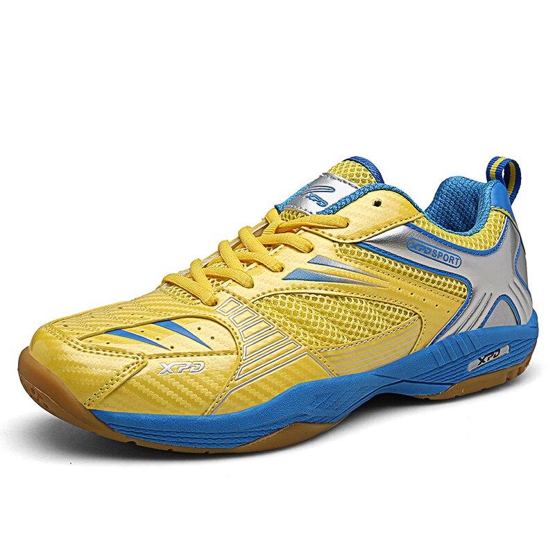 2019 nouvelles chaussures de Badminton pour hommes respirant Anti-torsion résistance à l'usure homme en caoutchouc sport baskets femmes Tennis formateur