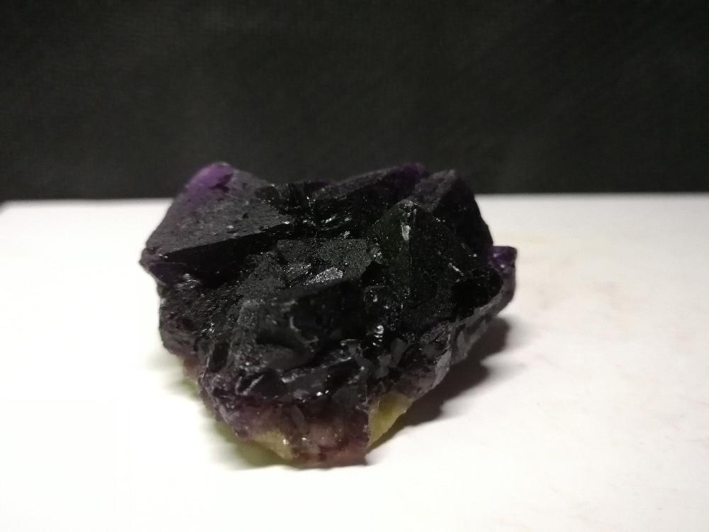 39.5 gnatural roxo fluorite mineral espécime, cristal
