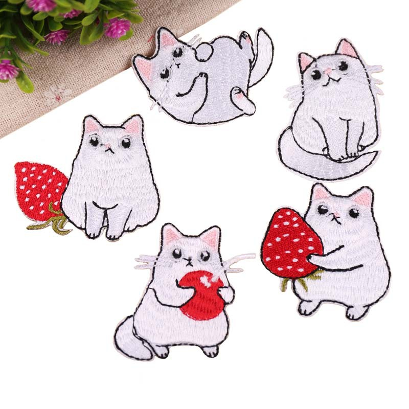 Embroidery Patch Stickers Embroidery Chapter Cartoon DIY Strawberry Animal Patch Stickers For Bag Clothing Shoes Apparel Home Te