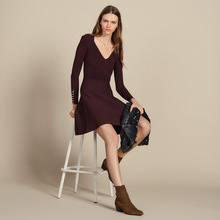 Autumn 2019 New Cuff Pearl Decorative Slim Knitted Sweater Dress Women Knee-Length V-Neck Straight Long Sweater Dress Women new women slash neck irregular hem cashmere sweater dress long sleeve knee length knitted mermaid dress spring autumn bottoming