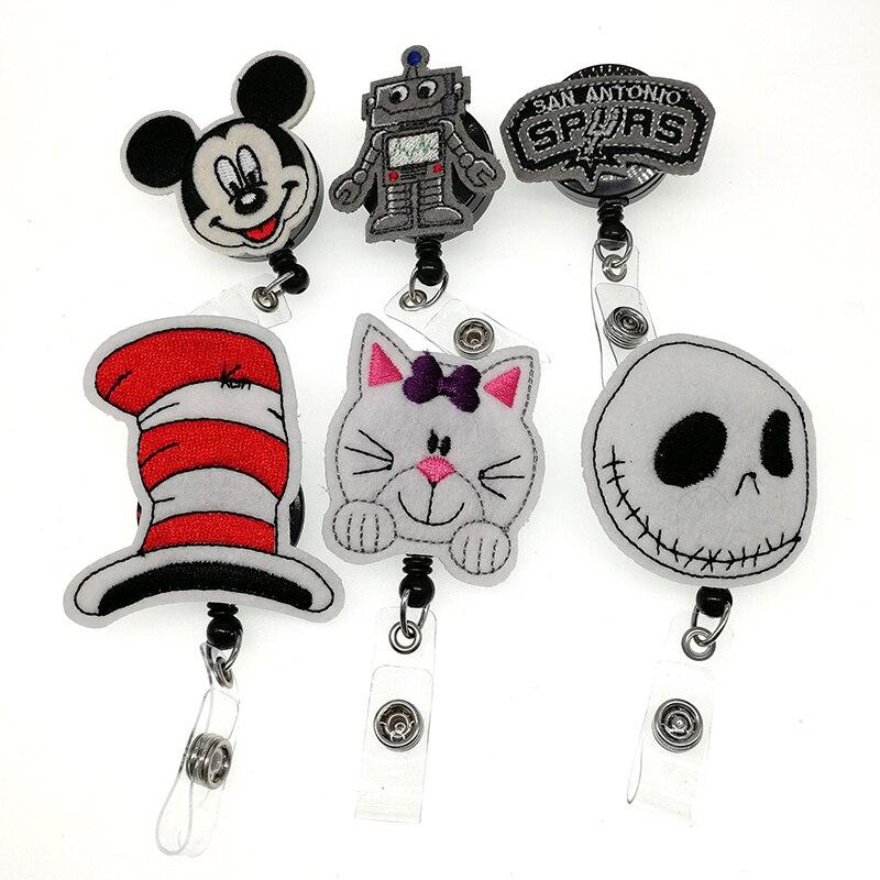 5 Styles feutre Robot porte-badge rétractable souris tête chat chapeau fantôme tête ID carte badge titulaire avec Clip pour cadeaux
