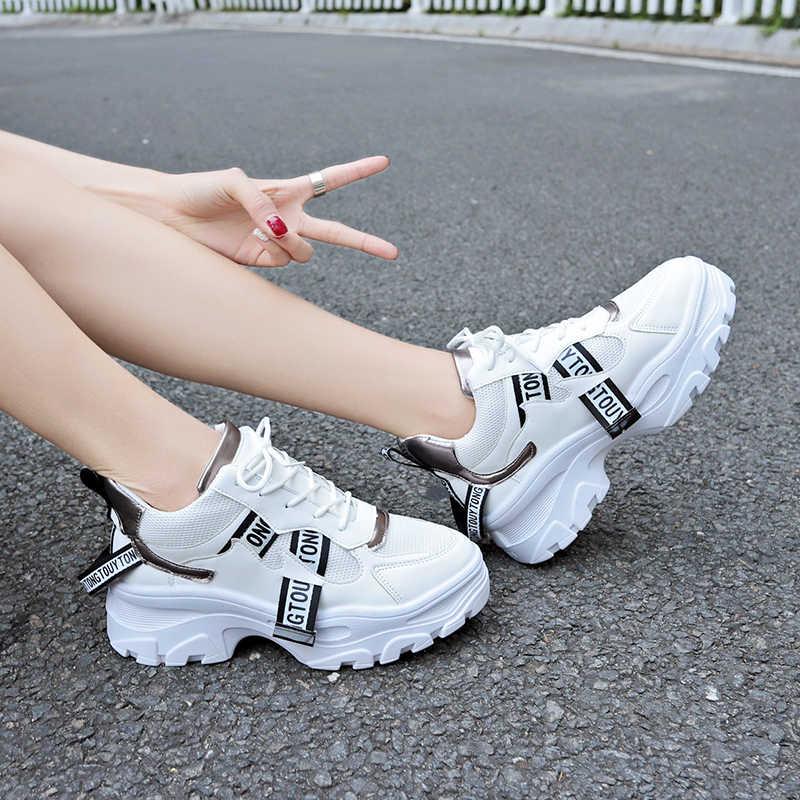 2019 tasarımcı ayakkabı kadın vulkanize ayakkabı kadın siyah beyaz nefes örgü platformu Sneakers rahat daireler