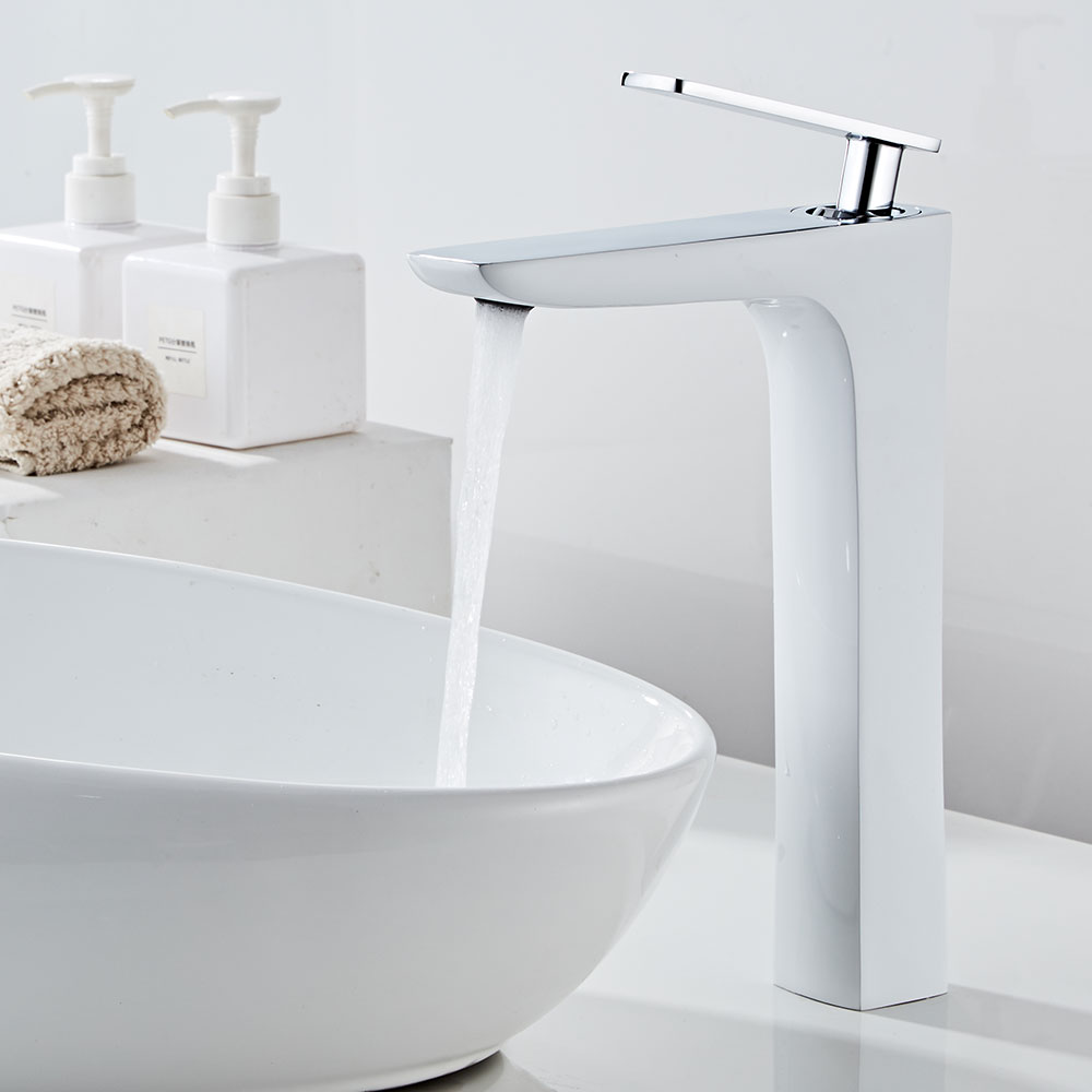 Luxury Bathroom Basin Faucet Single Lever Hot and Cold Water Basin Mixer Tap Bathroom Sink Faucet for Bathroom Accessory