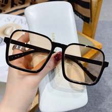2021 Latest Classic Trend Fashion Big Rectangle Sunglasses For Women Simple And Clear Sun Glasses Oculos Lunette De Soleil Femme
