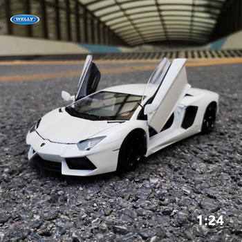 цена на WELLY 1:24 Lamborghini Aventador LP700-4 Alloy Diecast Model Vehicles  Car Toy Miniature Scale Model Cars Toys Children Gift