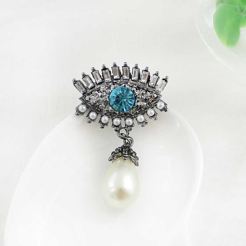 New Drop Blue Eyes Scarf Suspended Imitation Pearl Brooch For Women Wedding Brooches Pins Vintage Luxury Rhinestone Bouquet