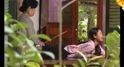 越南电视剧女儿犯错被妈妈打屁屁