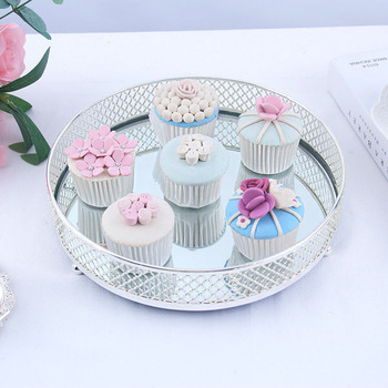 Wedding high grade ornaments cosmetics storage tray iron fruit tray baking products circular cake tray