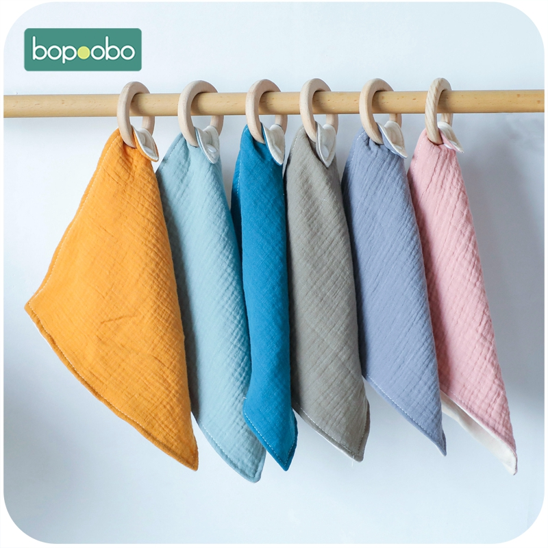 Bopoobo 1pc BPA Free Baby Nursing Accessories Custom Gender Neutral Beach Wooden Cotton Saliva Towel Food Grade Wooden Teether