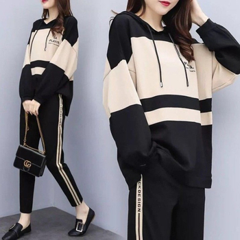 WANYUCL 2020 casual suit spring and autumn plus size hooded round neck top casual nine-point pants two-piece women 1