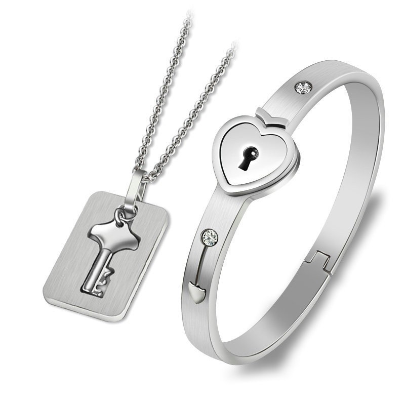 Hd723606c103c4cf3b16fe018616f5af2h - Fashion Jewelry Sets For Lovers Stainless Steel Love Heart Lock Bracelets Bangles Key Pendant Necklace Couples Set