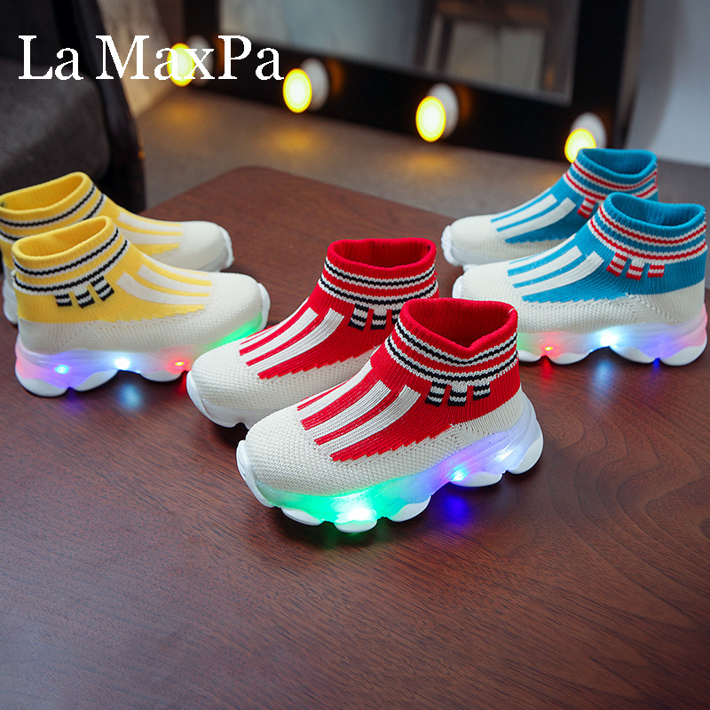 Glowing Sneakers 2020 New Breathable Air Mesh Socks Sport Shoes Kide Led Shoes For Boys Girls Light Up Shoes Luminous Sneakers